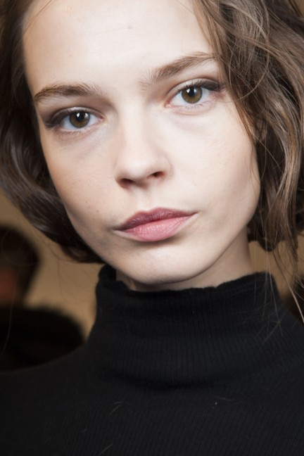 maxmara-milan-fashion-week-autumn-winter-2015-backstage-53