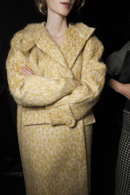 maxmara-milan-fashion-week-autumn-winter-2015-backstage-94