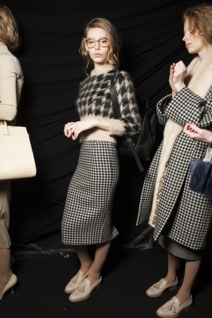 maxmara-milan-fashion-week-autumn-winter-2015-backstage-99