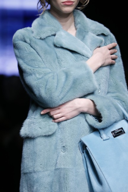 maxmara-milan-fashion-week-autumn-winter-2015-detail-13