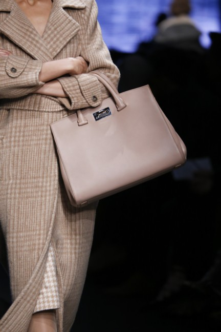 maxmara-milan-fashion-week-autumn-winter-2015-detail-34