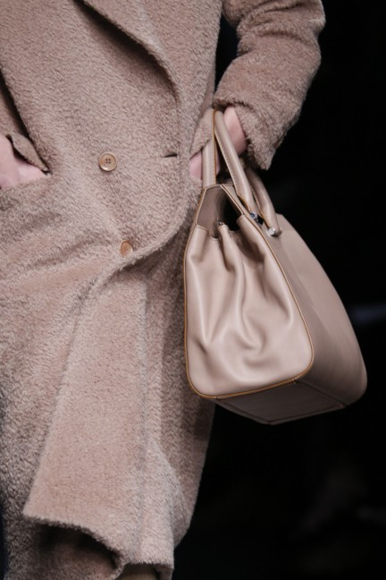 maxmara-milan-fashion-week-autumn-winter-2015-detail-4