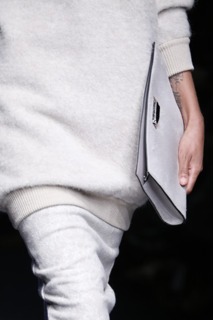 maxmara-milan-fashion-week-autumn-winter-2015-detail-53