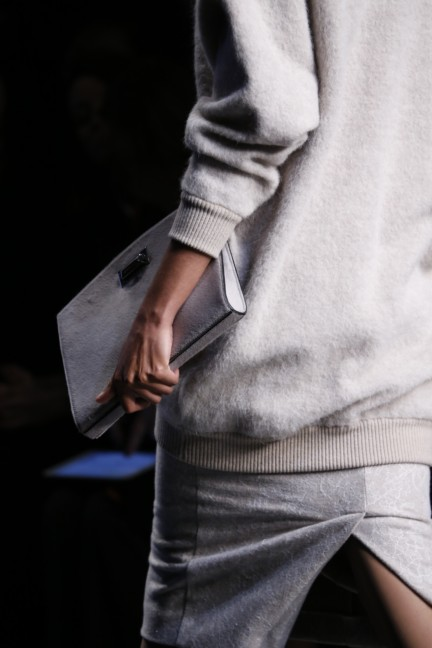 maxmara-milan-fashion-week-autumn-winter-2015-detail-55
