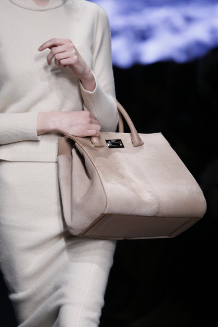 maxmara-milan-fashion-week-autumn-winter-2015-detail-82