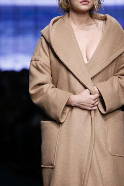 maxmara-milan-fashion-week-autumn-winter-2015-detail