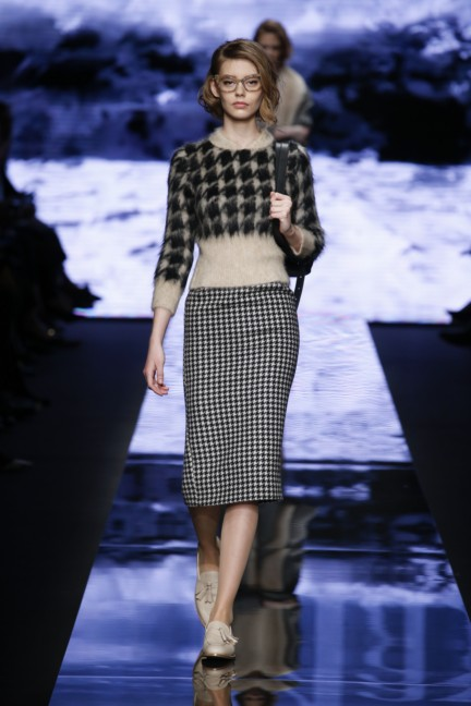 maxmara-milan-fashion-week-autumn-winter-2015-runway-10