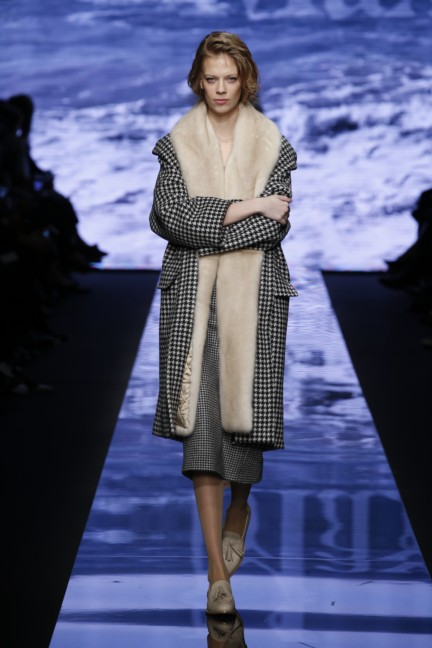 maxmara-milan-fashion-week-autumn-winter-2015-runway-11