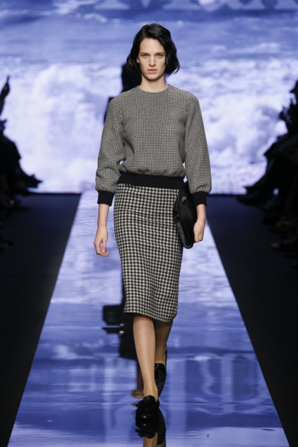 maxmara-milan-fashion-week-autumn-winter-2015-runway-15