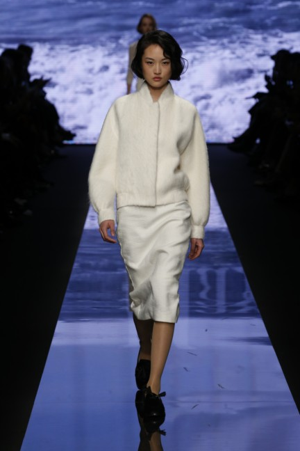 maxmara-milan-fashion-week-autumn-winter-2015-runway-17