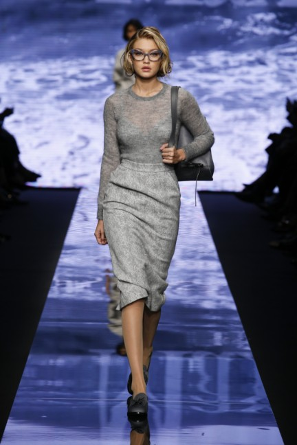 maxmara-milan-fashion-week-autumn-winter-2015-runway-21