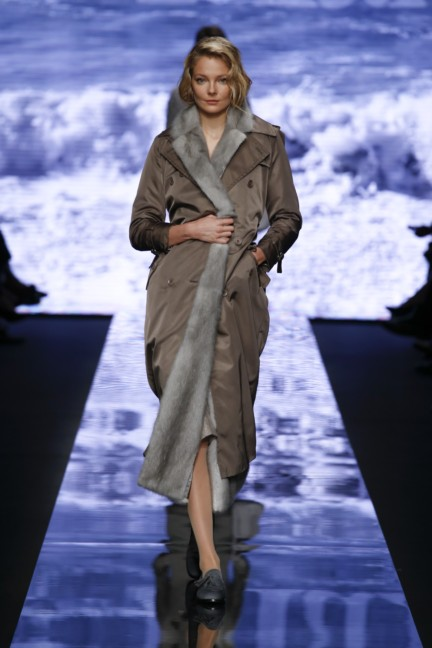 maxmara-milan-fashion-week-autumn-winter-2015-runway-27