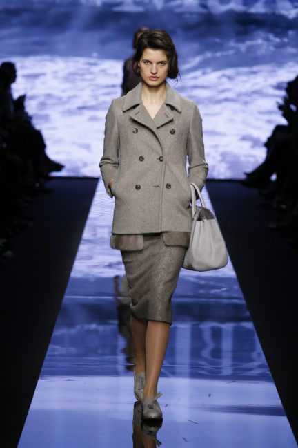 maxmara-milan-fashion-week-autumn-winter-2015-runway-28