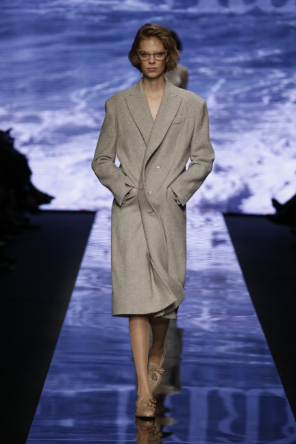maxmara-milan-fashion-week-autumn-winter-2015-runway-32