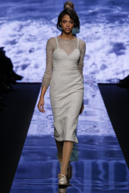 maxmara-milan-fashion-week-autumn-winter-2015-runway-33