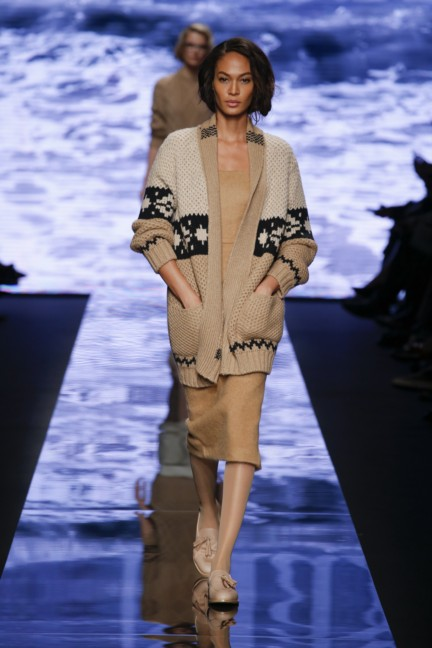 maxmara-milan-fashion-week-autumn-winter-2015-runway-7