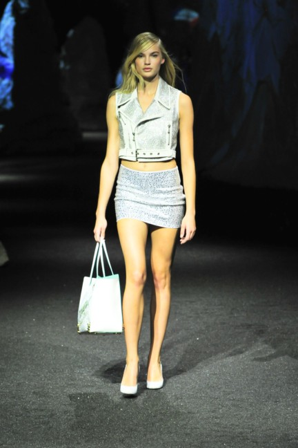 philipp-plein-women_s-fashion-show-ss15-46