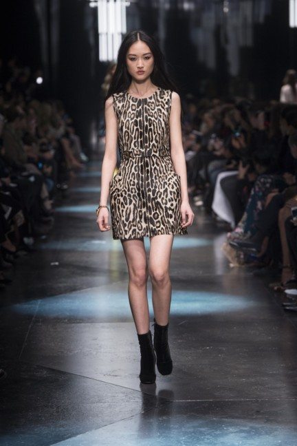 roberto-cavalli-milan-fashion-week-autumn-winter-2015-10