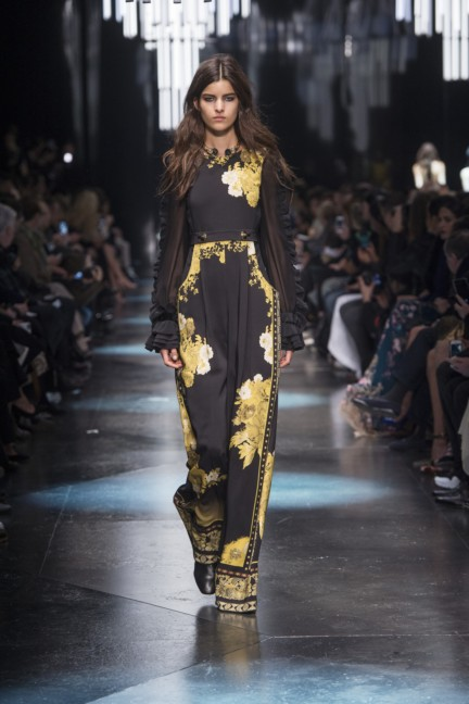 roberto-cavalli-milan-fashion-week-autumn-winter-2015-11