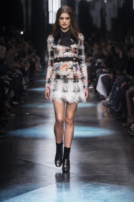 roberto-cavalli-milan-fashion-week-autumn-winter-2015-24