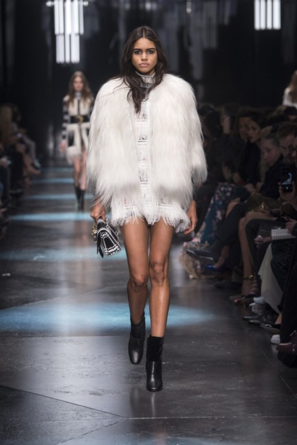 roberto-cavalli-milan-fashion-week-autumn-winter-2015-28
