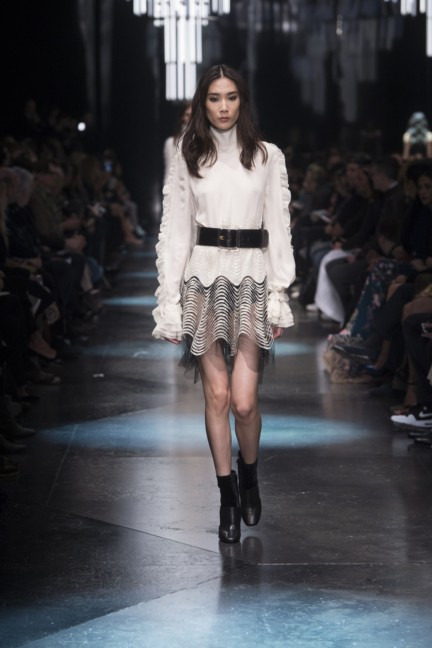 roberto-cavalli-milan-fashion-week-autumn-winter-2015-40