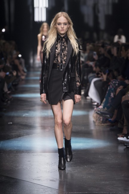 roberto-cavalli-milan-fashion-week-autumn-winter-2015-44