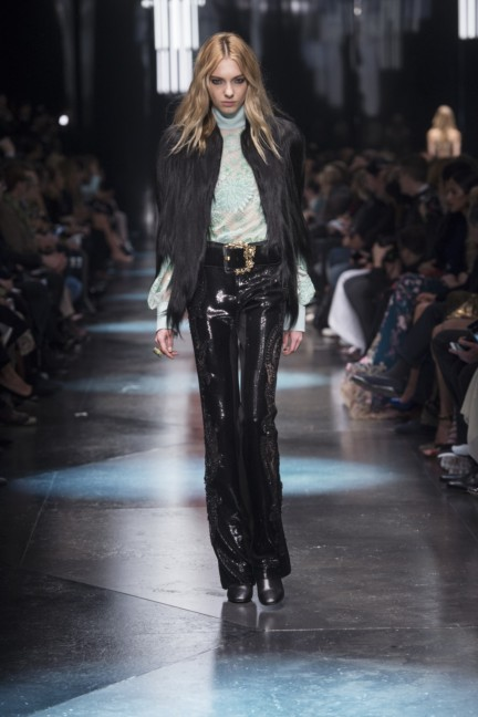 roberto-cavalli-milan-fashion-week-autumn-winter-2015-47