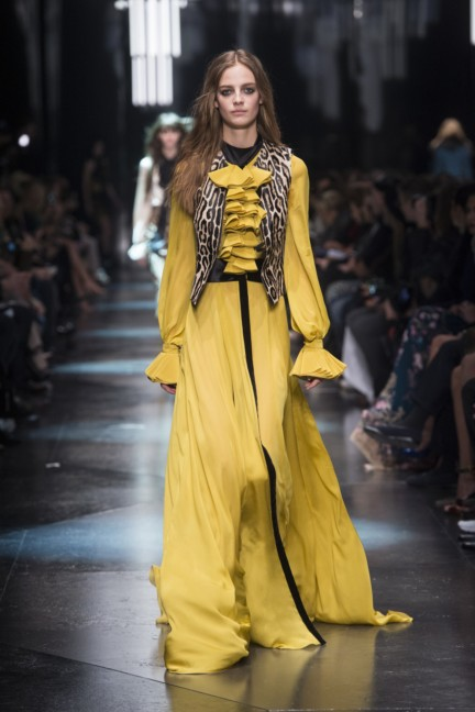 roberto-cavalli-milan-fashion-week-autumn-winter-2015-5
