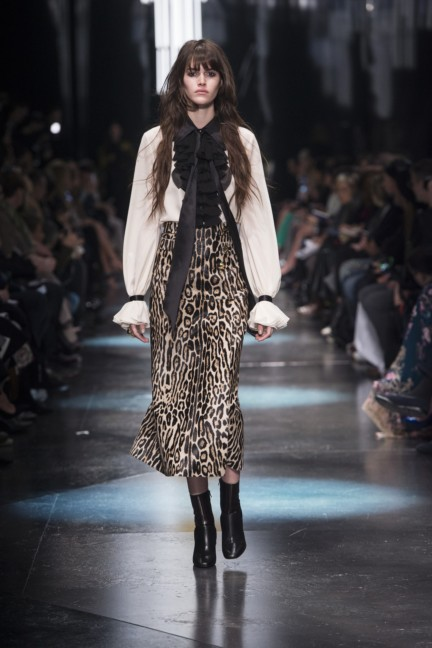 roberto-cavalli-milan-fashion-week-autumn-winter-2015-6