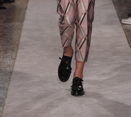 tods_close_up_shoes_25