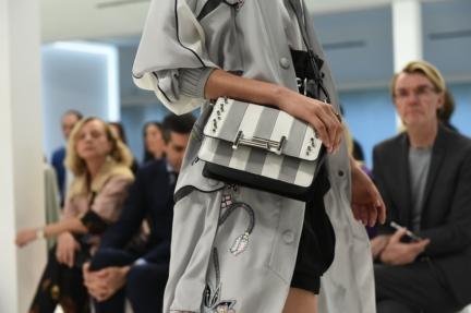 tods-milan-fashion-week-spring-summer-2016-22