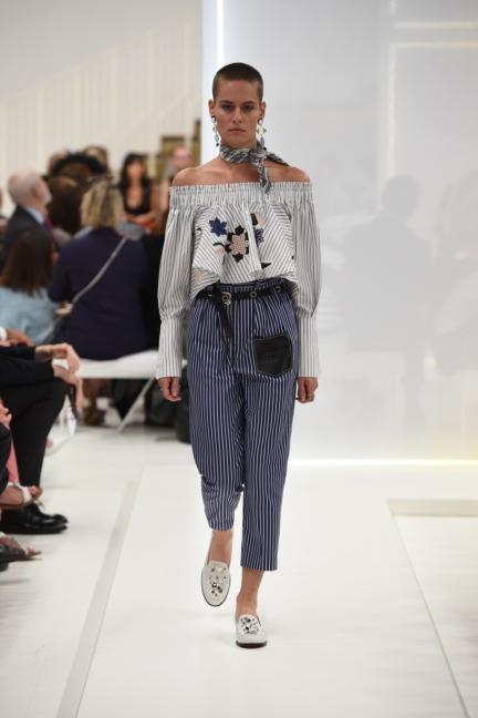 tods-milan-fashion-week-spring-summer-2016-14