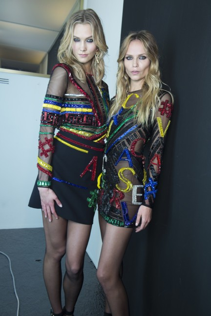 versace-milan-fashion-week-autumn-winter-2015-backstage-14
