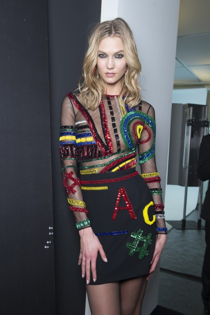 versace-milan-fashion-week-autumn-winter-2015-backstage-15