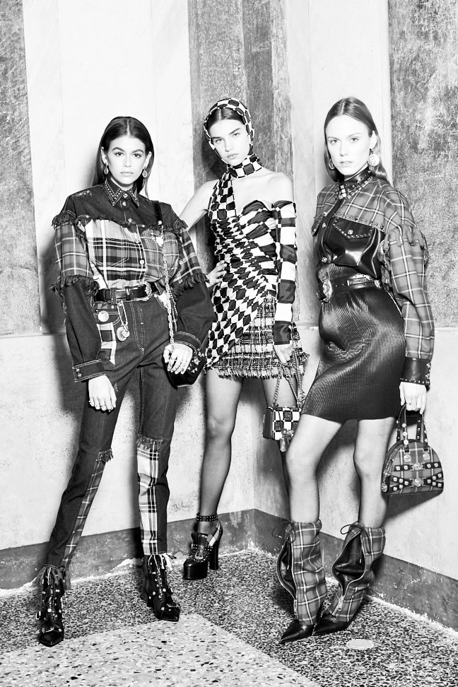 180223_versace_fashion-show_fw18_backstage_0076-2