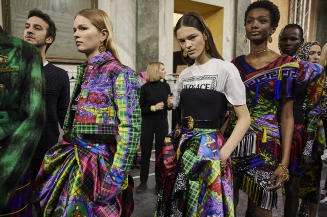 180223_versace_fashion-show_fw18_backstage_0272