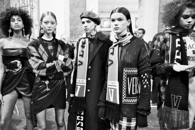 180223_versace_fashion-show_fw18_backstage_0284-2