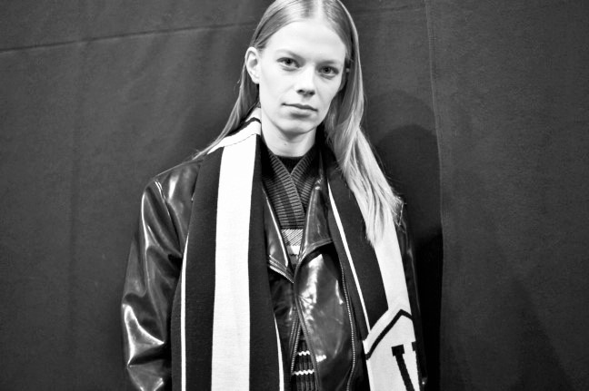 180223_versace_fashion-show_fw18_backstage_0382-2