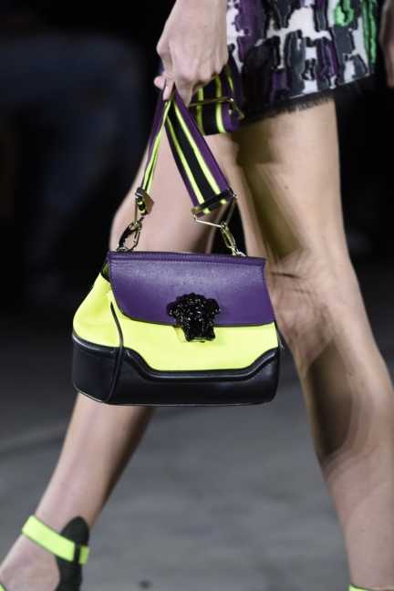 versace-milan-fashion-week-spring-summer-2016-show-detail-26