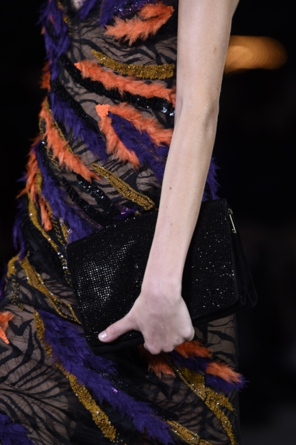 versace-milan-fashion-week-spring-summer-2016-show-detail-36