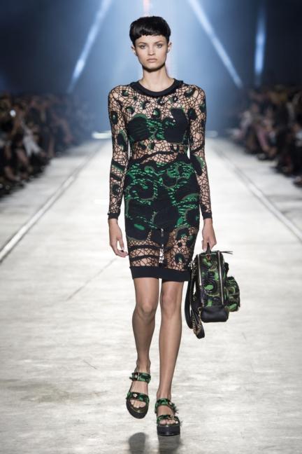 versace-women_ss16_look-18