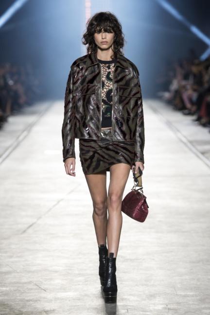 versace-women_ss16_look-19