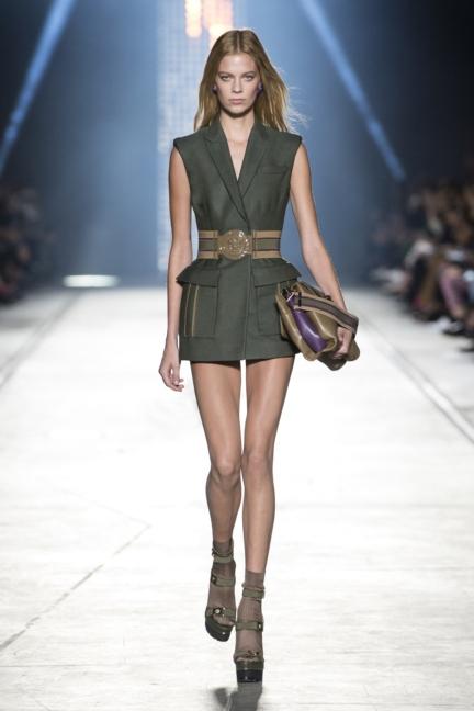 versace-women_ss16_look-2