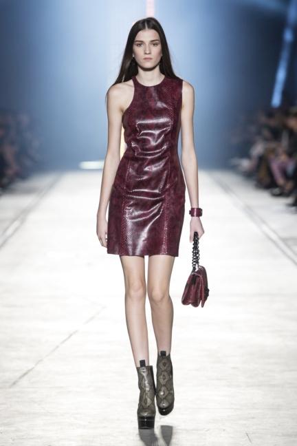 versace-women_ss16_look-21