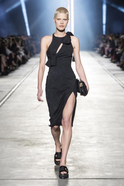 versace-women_ss16_look-26