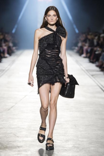 versace-women_ss16_look-29