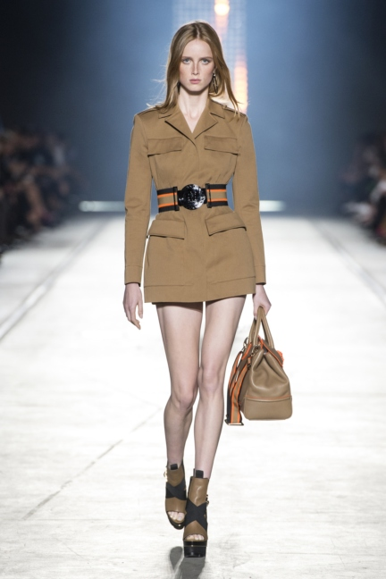 versace-women_ss16_look-3