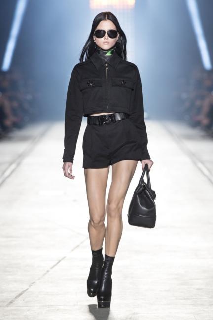 versace-women_ss16_look-30