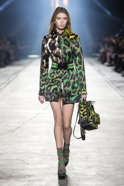 versace-women_ss16_look-31